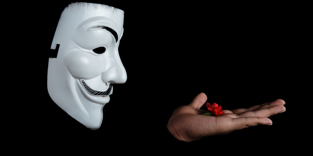 anonymous_studio_figure_photography_facial_mask_38275