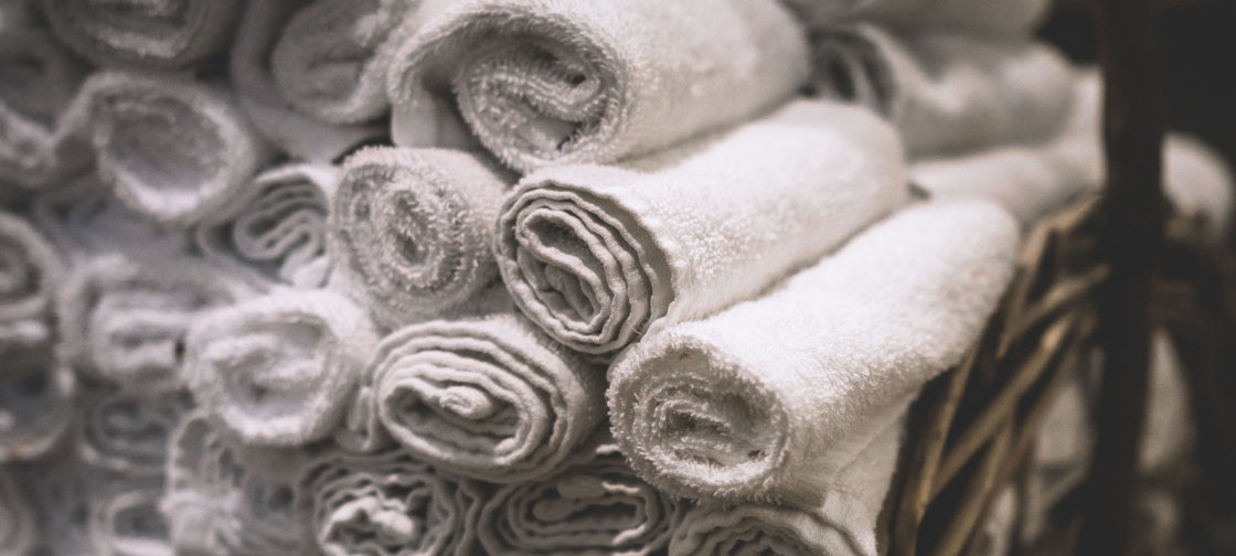 old_white_towels