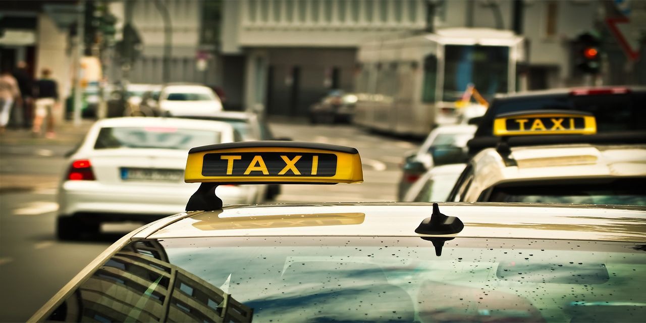 taxi auto road drive shield traffic taxi stand