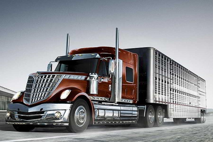 Navistar Lonestar truck