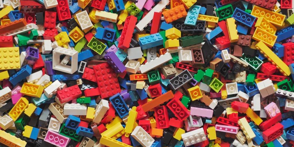 Lego aims to sell bricks from recycled bottles